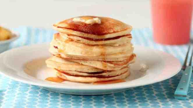 easy_mothers_day_pancake_recipe_horiz