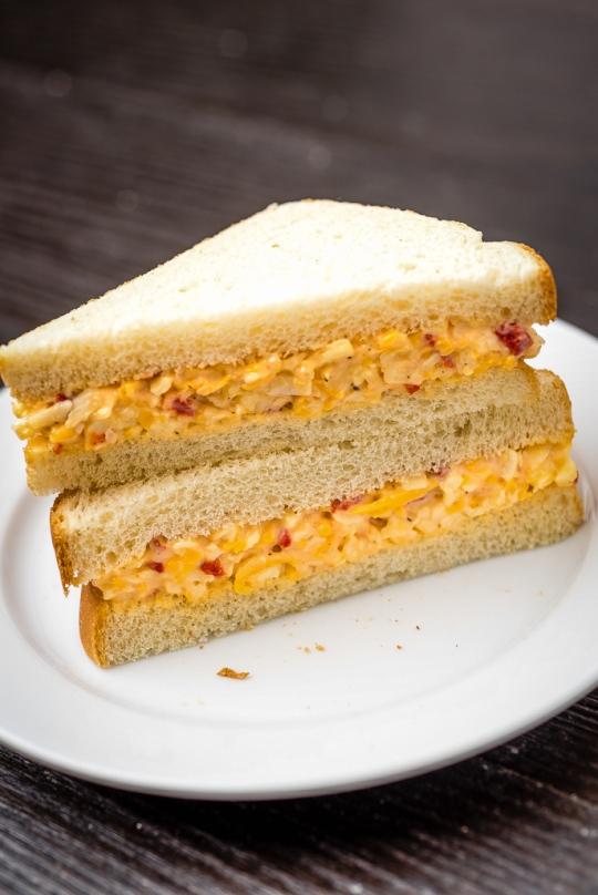 pimento-cheese-spread-sandwich-4.jpg