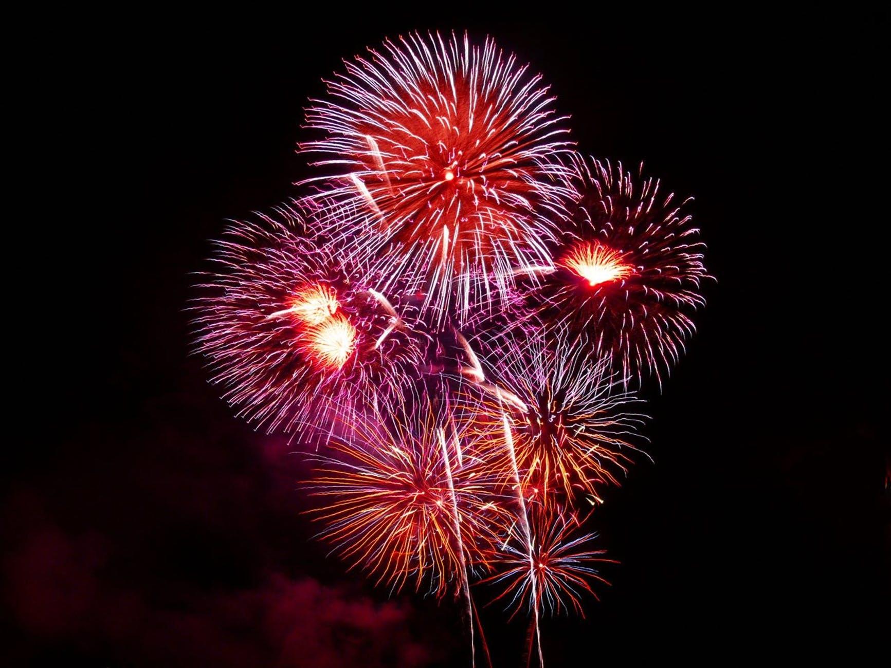 fireworks-rockets-colors-explosion-50556.jpeg
