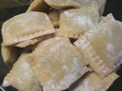 4c5ce9cb518433c2f21bc4b280c9ad54--ravioli-filling-ravioli-dough-recipe