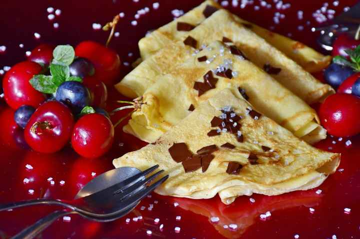 Crepe Recipes for Mom *