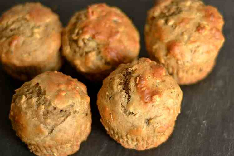Peanut-Butter-and-Honey-Muffins
