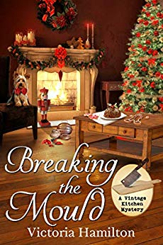 Book Review * Breaking the Mould