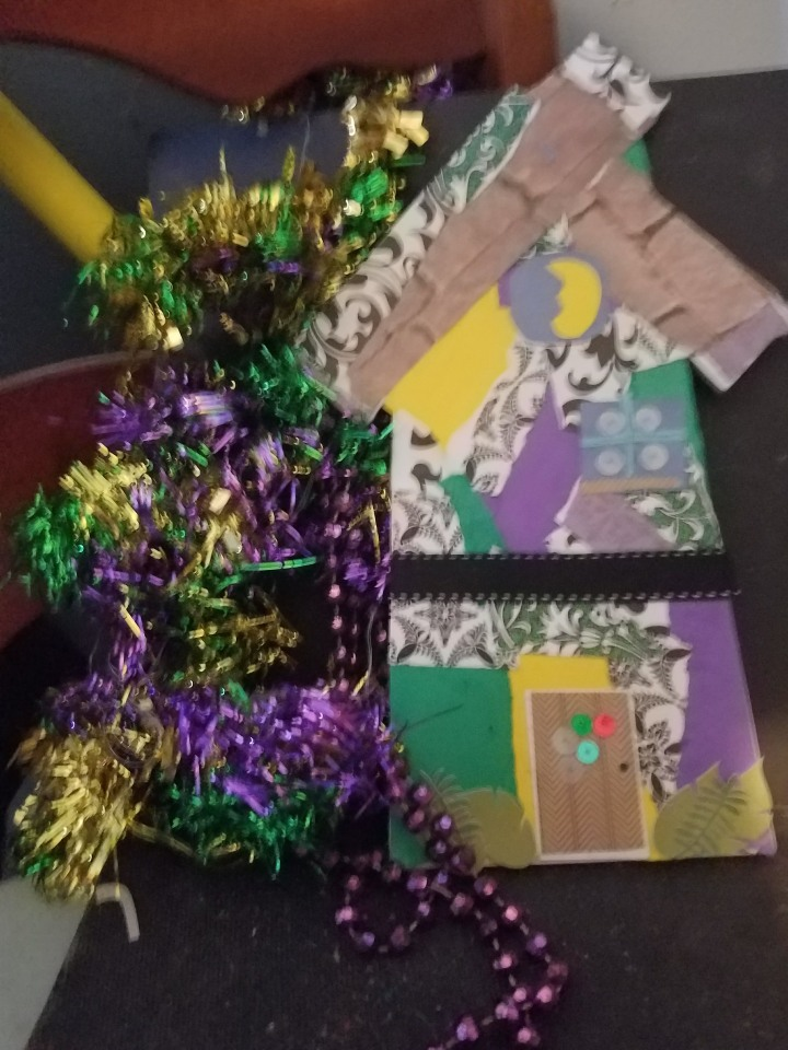 Mardi Gras Crafts: