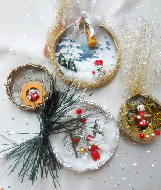 Bottle / Jar Cap Christmas Ornaments by The Little Treasures